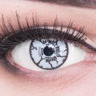 Das Produktfoto zeigt unsere Crazy weisse Farbige Kontaktlinse White Monster in einem echten Auge