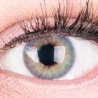 Das Produktfoto zeigt unsere Farbige Blaue Kontaktlinse Rose Blue in einem echten Auge
