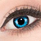 Das Produktfoto zeigt unsere Crazy blaue Farbige Kontaktlinse Blue Crystal in einem echten Auge