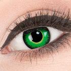 Das Produktfoto zeigt unsere Crazy gruen Farbige Kontaktlinse Green Werewolf in einem echten Auge