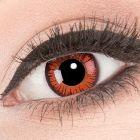 Das Produktfoto zeigt unsere Crazy rote Farbige Kontaktlinse Vampire in einem echten Auge