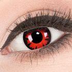 Das Produktfoto zeigt unsere Crazy rote Farbige Kontaktlinse Volturi in einem echten Auge