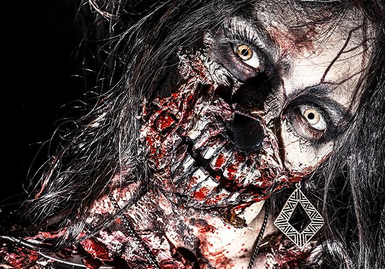 Unser Geheimtip für ein Halloween Zombie Kostüm: Ausgeblichenes Haar