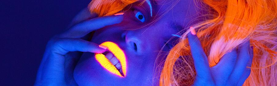 UV Schwarzlicht Effekt Kontaktlinsen für jede UV Party und UV Events