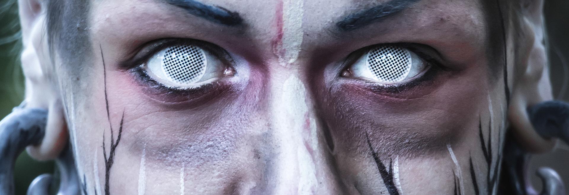 Weiße Zombie Kontaktlinsen in Top Qualität von Funnylens.de